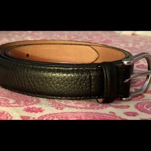 LL Bean Pebbled Leather belt Size 44